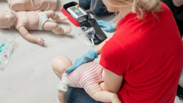 Provide an Emergency First Aid Response in an Education and Care Setting